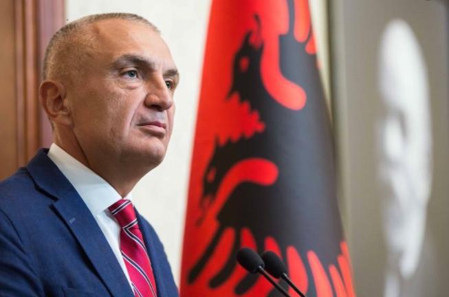 Meta liron nga detyra 4 ambasadorë të Shqipërisë, mes tyre dhe vajza e Ismail Kadaresë